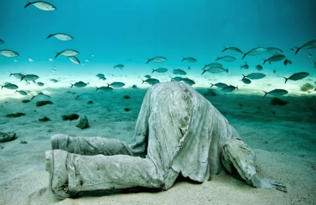 This-Extraordinary-Underwater-Museum-Will-Make-You-Speechless-16