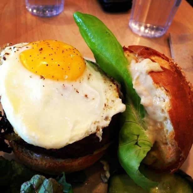 birchwood_vegan-burger