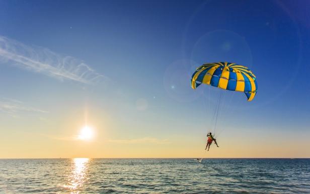 Things To Do in Lankgkawi - Para Sailing