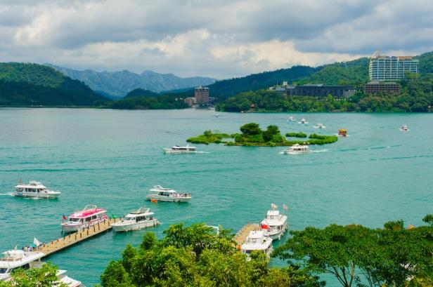 Top Ten Places To See In Taipei - Sun Moon Lake
