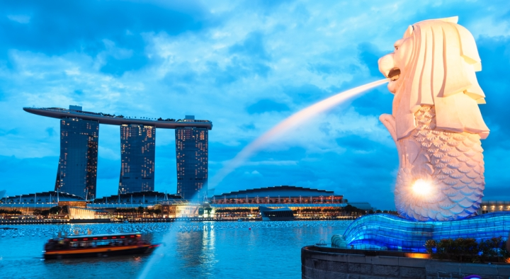 10 Reasons Why You Should Visit Singapore - Merlion