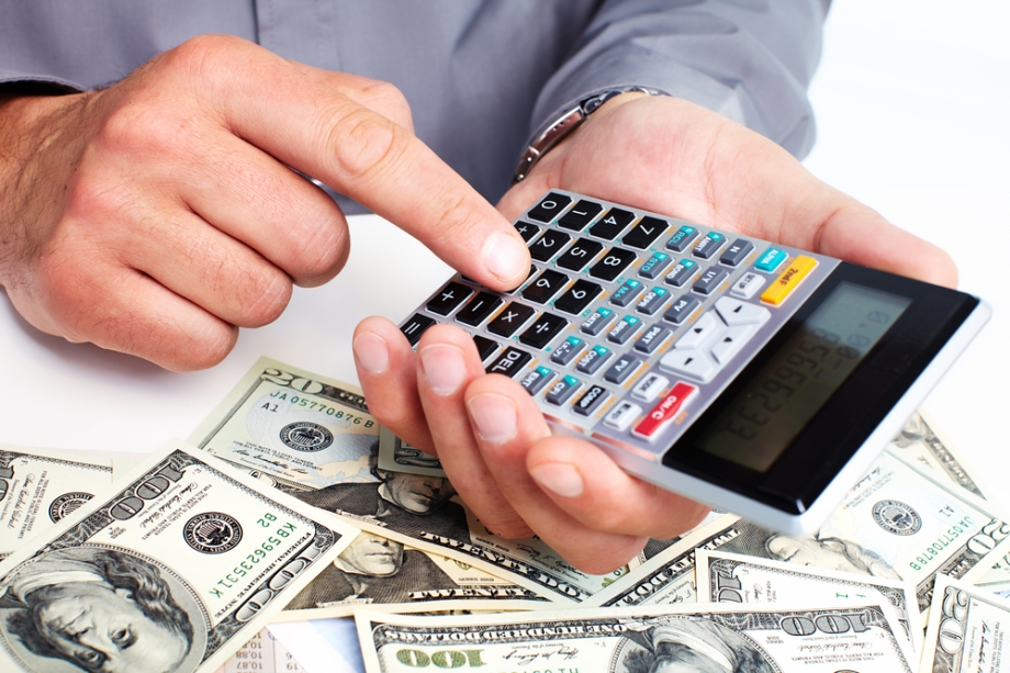 5 useful tips to save for your holiday - budget (2)