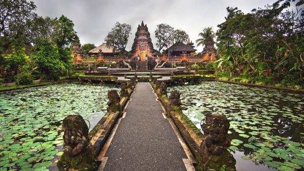 Bali 3D2N Itinerary - Pura Taman Saraswati Temple