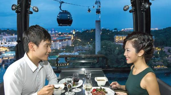 luxury-sky-dining-experience-on-the-singapore-cable-car-in-singapore-182702