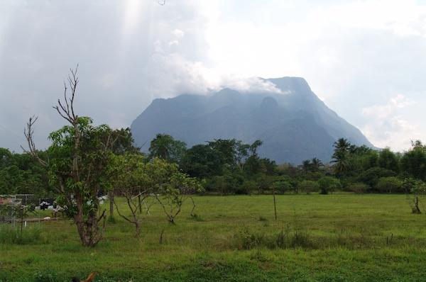 chiangdao_mountains