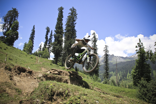 Himachal_Downhill_Mountain_Bike_Trophy_2014