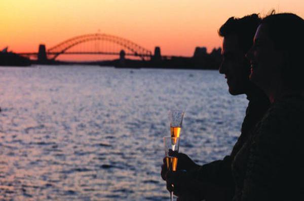 sydney-harbour-sunset-dinner-cruise-in-sydney-161325