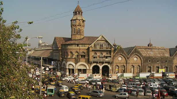 Mahatma Jyotiba Phule formally known as Crawford Market!